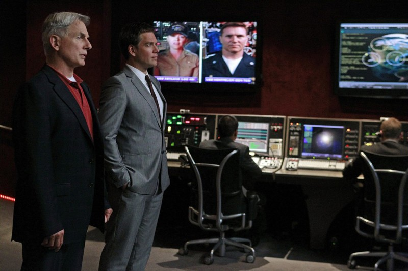 Gibbs (Mark Harmon) e DiNozzo (Michael Weatherly) dell'episodio Worst Nightmare di N.C.I.S.