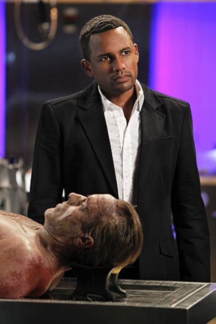 Hill Harper nell'episodio Damned If You Do di CSI New York