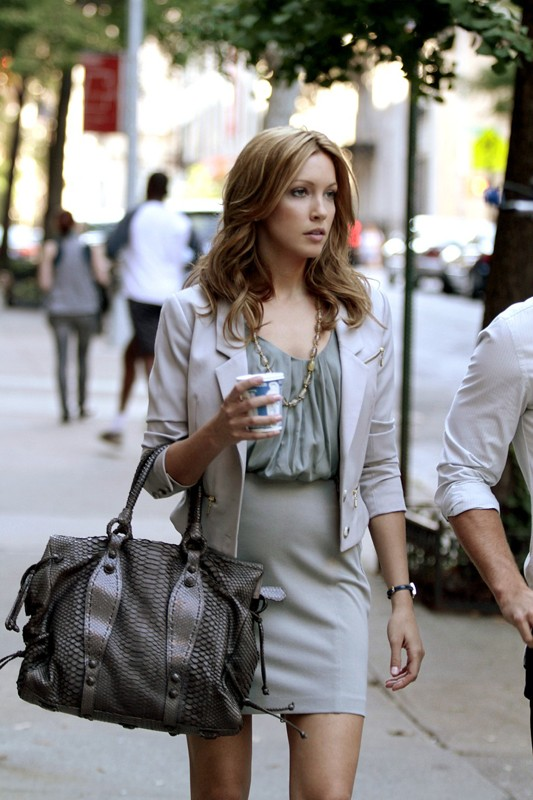 Katie Cassidy interpreta Juliet nell'episodio Double Identity di Gossip Girl
