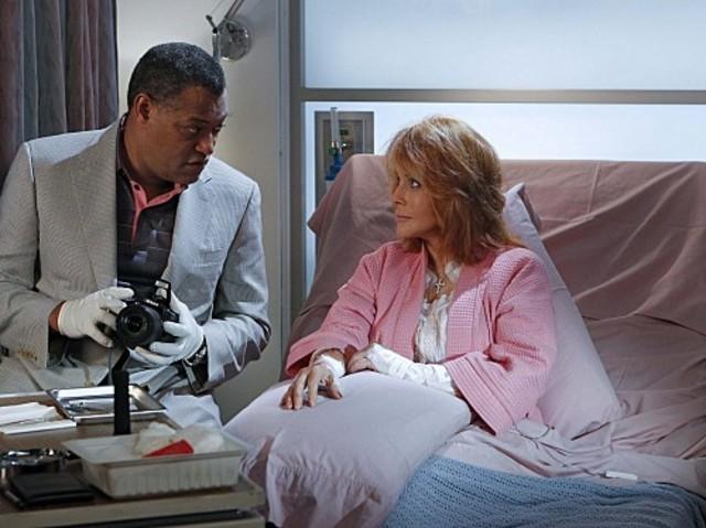 La guest star Ann-Margret e Laurence Fishburne nell'episodio Sqweegel di CSI