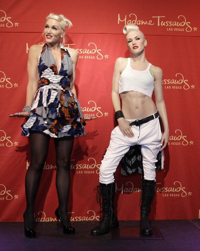 Gwen Stefani e la sua copia di cera presentata al Madame Tussauds di Las Vegas