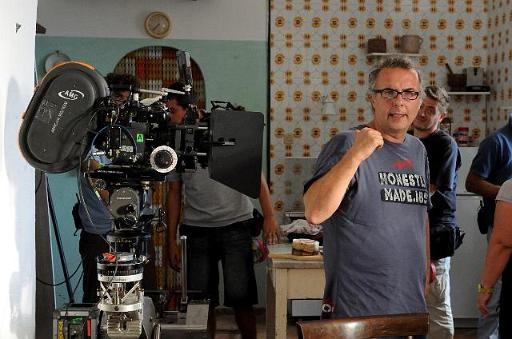 Il regista Luca Miniero sul set del film Benvenuti al Sud (2009)