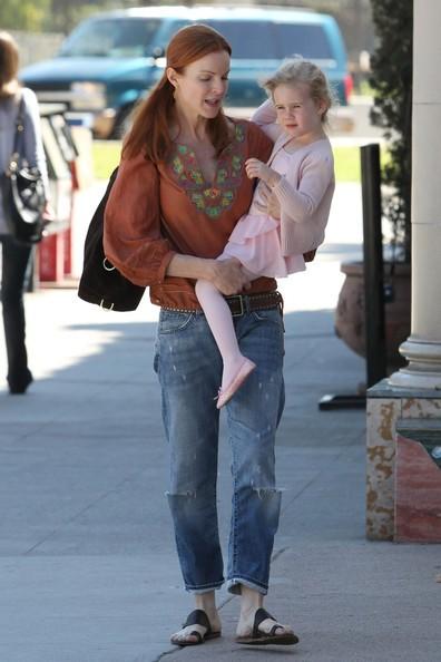 Marcia Cross e la figlia Eden si dirigono al NY Bagel Cafe a Brentwood