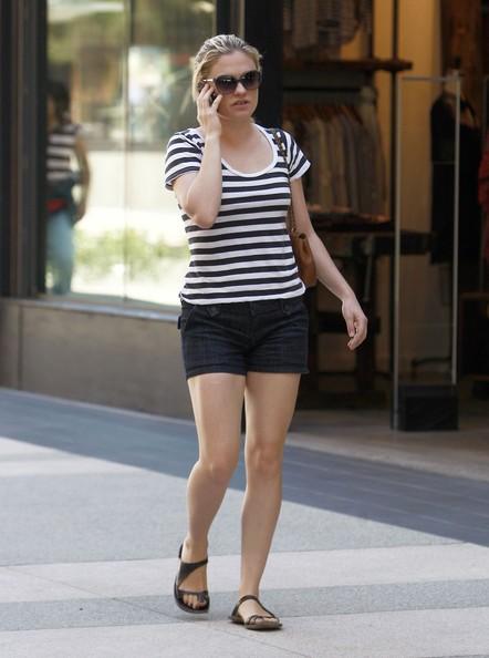 Anna Paquin durante lo shopping per Santa Monica