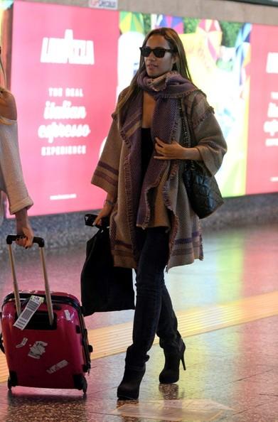 Leona Lewis lascia Hotel Principe Di Savoia e si dirige all'aeroporto di Milano