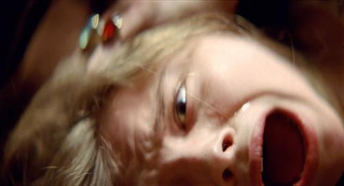 Chloe Moretz in un'immagine dell'horror Let Me In