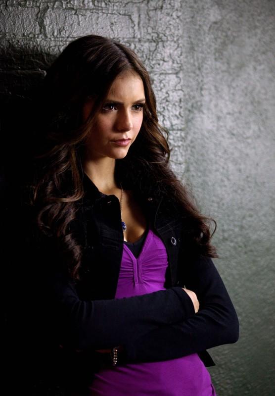 La diabolica Katherine (Nina Dobrev) in un momento dell'episodio Memory Lane di The Vampire Diaries
