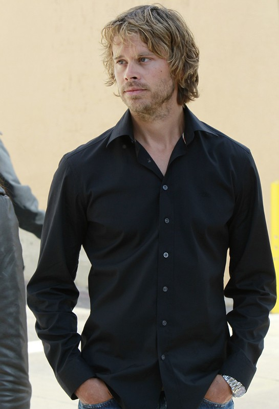 Eric Christian Olsen in una scena dell'episodio Special Delivery di NCIS: Los Angeles