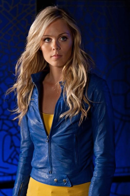 Il ritorno di Kara (Laura Vandervoort) nell'episodio Supergirl di Smallville