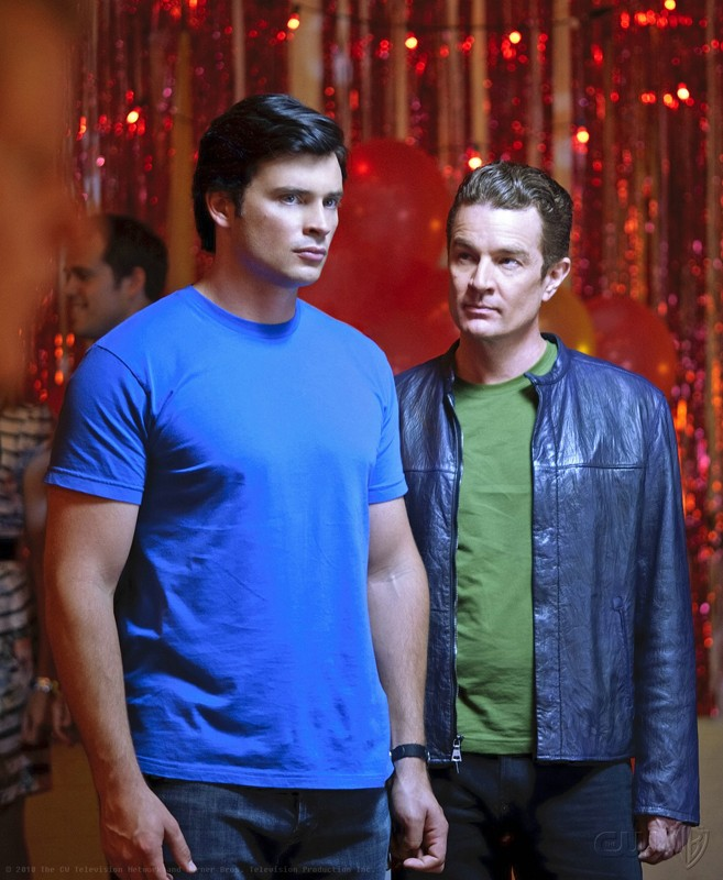 James Marsters al fianco di Tom Welling nell'episodio Homecoming di Smallville