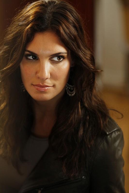 La bella Daniela Ruah nell'episodio Special Delivery di NCIS: Los Angeles