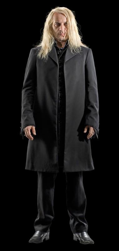 Una foto promo di Jason Isaacs (Lucius Malfoy) per il film I Doni della Morte - parte 1