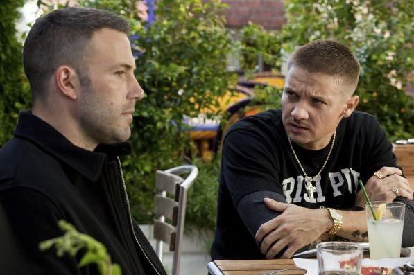 Ben Affleck e Jeremy Renner nei panni di due ladri fraterni in The Town
