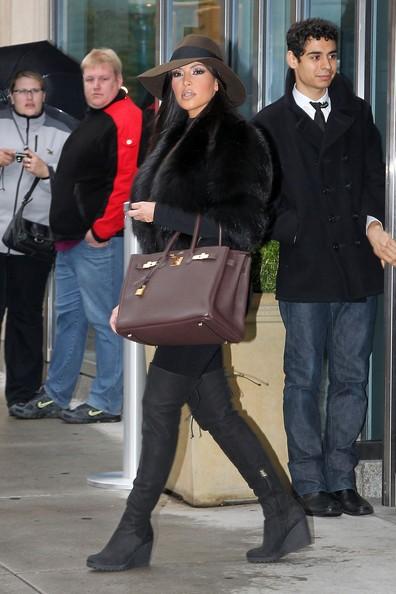 Kim Kardashian durante la lavorazione di Kourtney & Kim Take New York.
