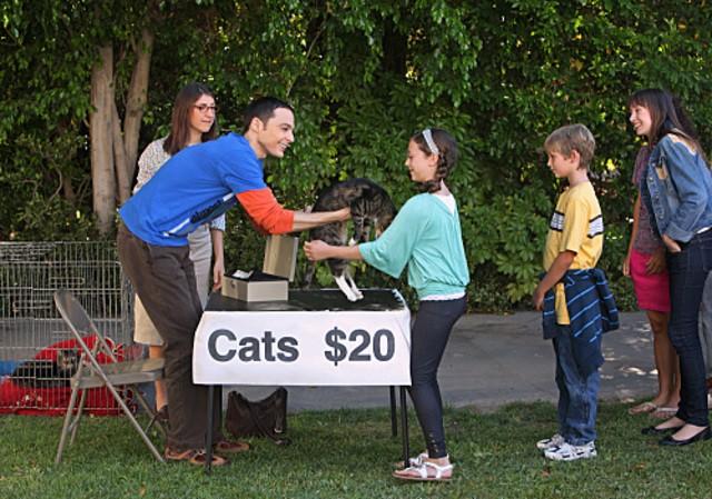 Jim Parsons in una scena dell'episodio The Zazzy Substitution di The Big Bang Theory
