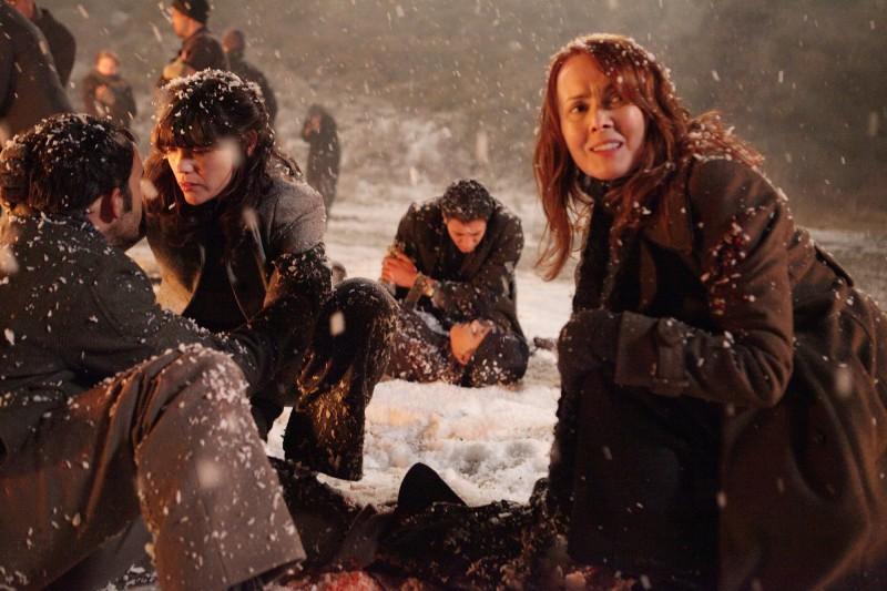 Laura Innes in una scena dell'episodio Protect Them From The Truth di The Event