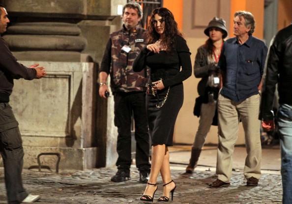 Monica Bellucci accanto a Robert De Niro sul set di Manuale d'Amore 3