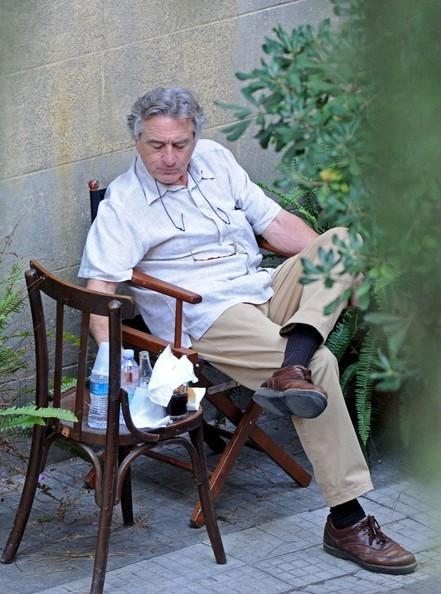 Robert De Niro durante una pausa sul set della commedia Manuale d'Amore 3