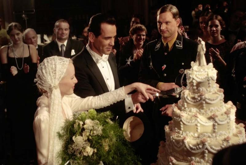 Henry Maske e Susanne Wuest in una scena felice del film Max Schmeling