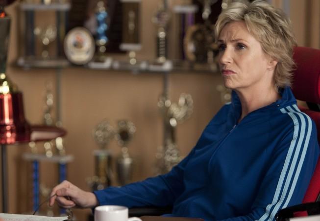 Jane Lynch nell'episodio 'Grilled Cheesus' della seconda stagione di Glee