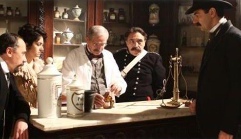 Maurizio Casagrande, Nino Frassica e Neri Marcorè nel film La scomparsa di Patò