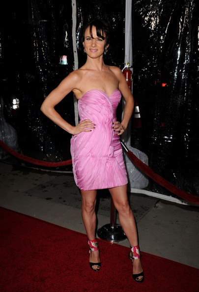 Juliette Lewis in rosa alla premiere di Conviction
