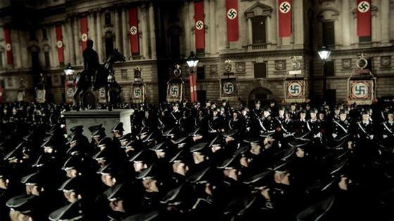 Nazi marciano verso la vittoria nel fantasioso Jackboots on Whitehall