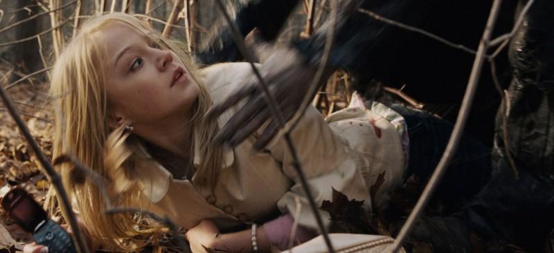 Paulina Olszynski in una scena dell'horror My Soul to Take