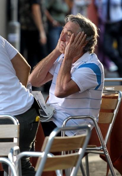 Robert De Niro si rinfresca sul set di Manuale d'Amore 3