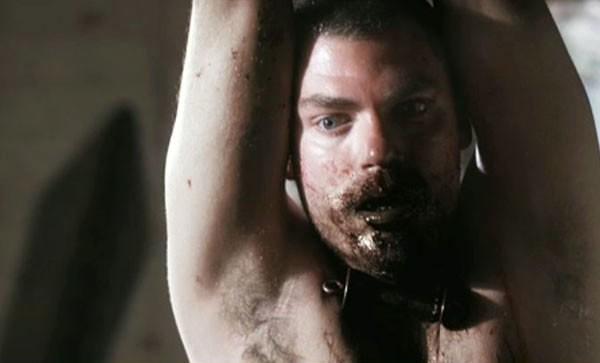 Una turbante immagine di Daniel Franzese dal film I Spit on Your Grave