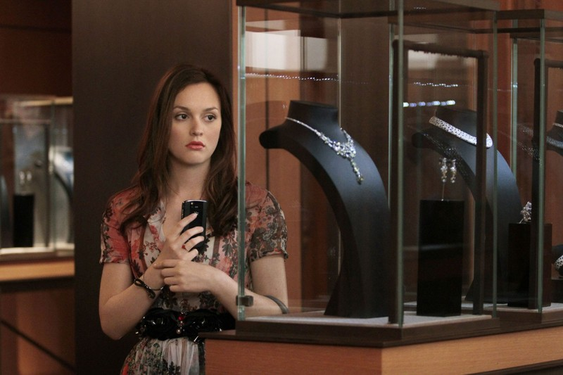 Blair (Leighton Meester) da Cartier in una scena dell'episodio Touch of Eva di Gossip Girl