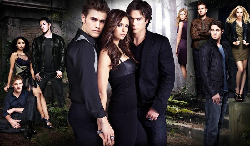 Foto promo di gruppo per la stagione 2 di Vampire Diaries