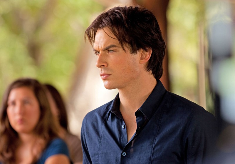 Il bel Damon (Ian Somerhalder) in una scena di: Kill Or Be Killed di The Vampire Diaries
