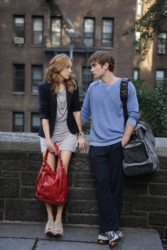 Katie Cassidy e Chace Crawford in Goodbye Columbia di Gossip Girl