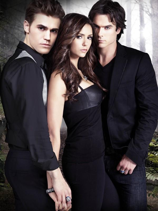 La bella Nina Dobrev con Paul Wesley e Ian Somerhalder per la stagione 2 di Vampire Diaries