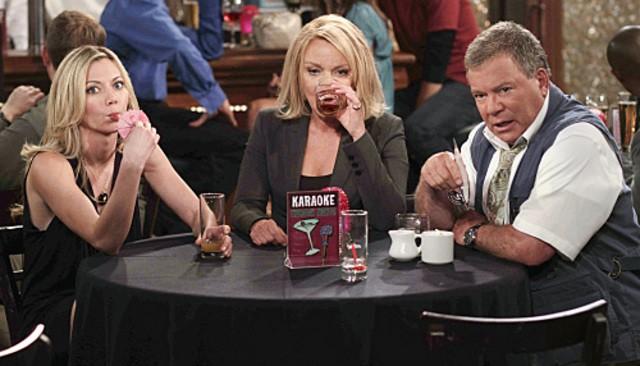 Stephanie Faracy,  Megan Stevenson e William Shatner nell'episodio Code Ed di $#*! My Dad Says
