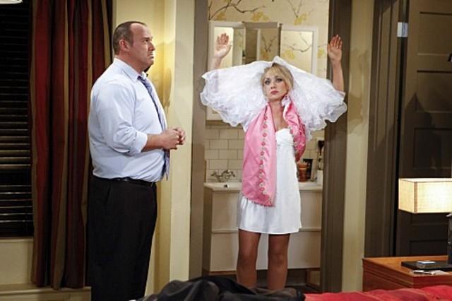 Will Sasso e Nicole Sullivan nell'episodio The Truth About Dads and Moms di $#*! My Dad Says