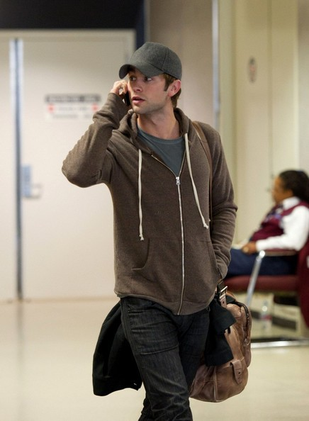 Chace Crawford arriva all'aeroporto di Los Angeles