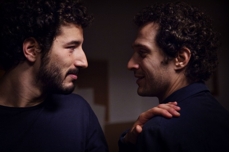 Claudio Santamaria e Francesco Scianna in una scena del film tv Le cose che restano