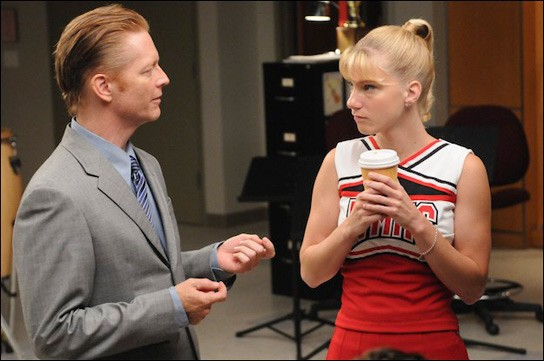 Eric Stoltz ed Heather Morris sul set dell'episodio Duets di Glee