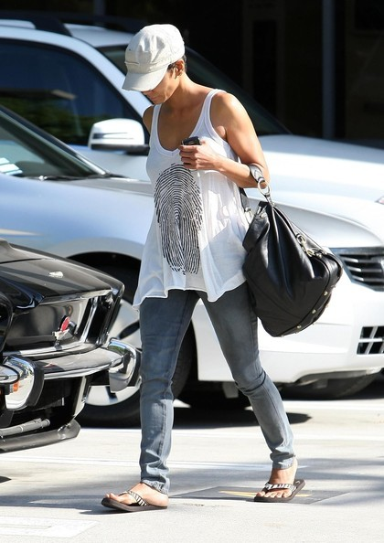 Halle Berry e il fidanzato Olivier Martinez a West Hollywood