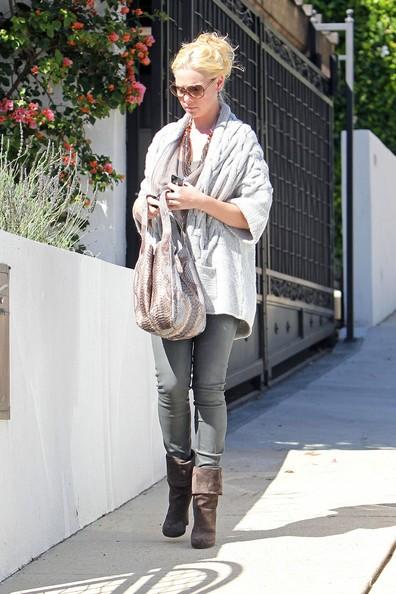 Katherine Heigl fa visita a sua madre e la sorella a Los Angeles