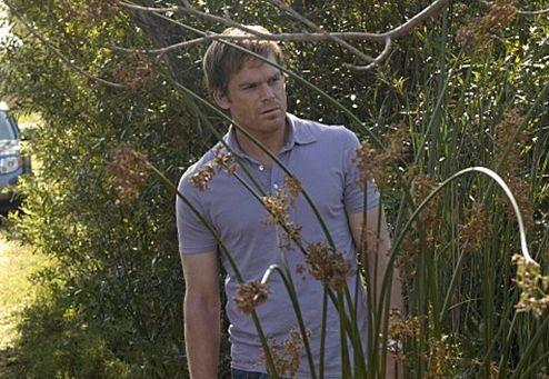 Michael C. Hall in una scena dell'episodio Hello Bandit della quinta stagione di Dexter.