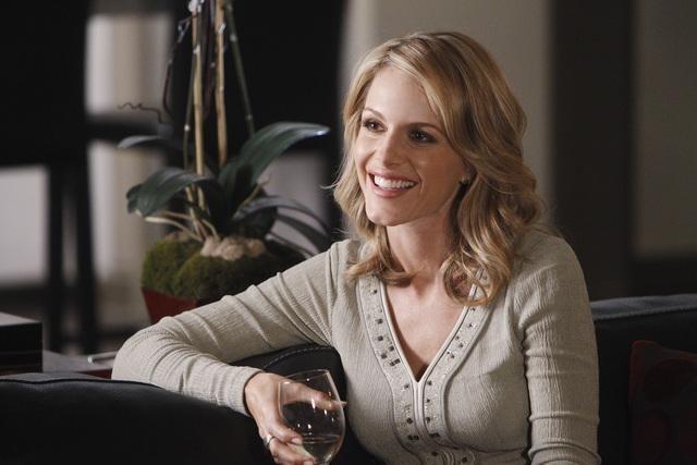 Monet Mazur nell'episodio Anatomy of a Murder di Castle