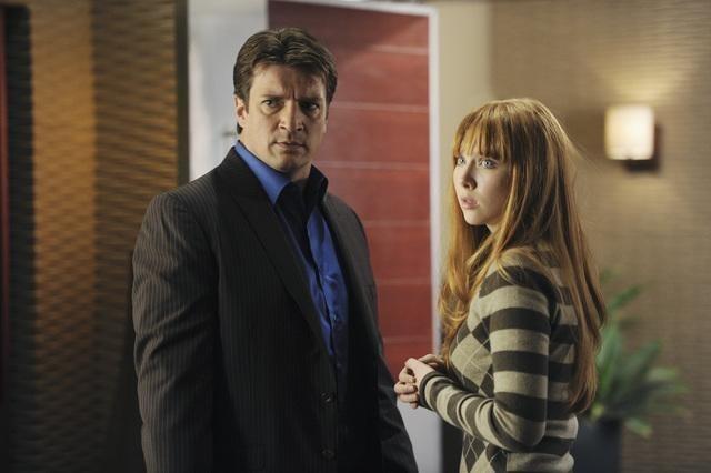 Nathan Fillion e Molly C. Quinn nell'episodio Punked di Castle