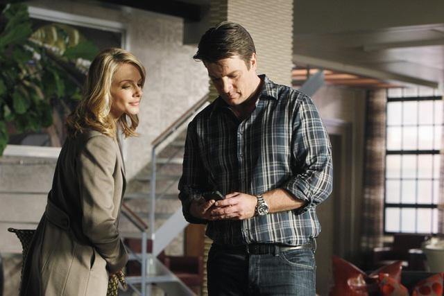 Nathan Fillion e Monet Mazur in una scena dell'episodio Anatomy of a Murder di Castle