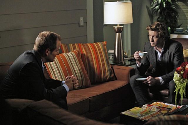 Simon Baker e Jack Coleman nell'episodio Red Carpet Treatment di The Mentalist