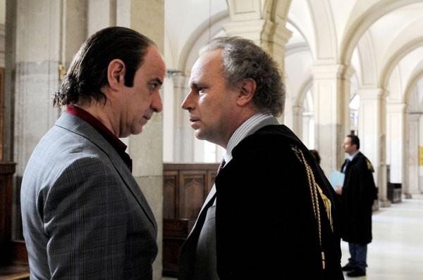 Toni Servillo in una scena di Gorbaciof con Geppy Gleijeses