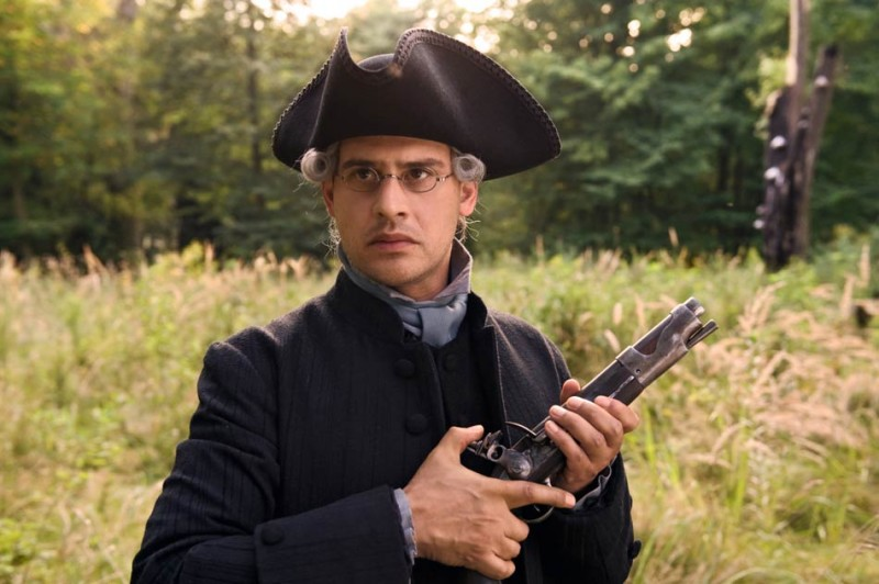 Moritz Bleibtreu in una scena di duello nel film Goethe!