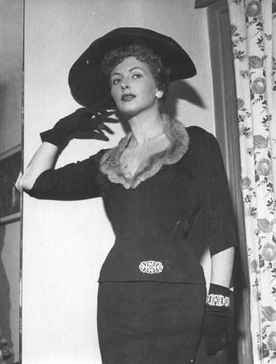 Carla Del Poggio negli anni Cinquanta, durante l'esperienza con la compagnia teatrale di Eduardo